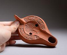 african pottery roman oil lamps - Buscar con Google