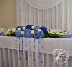 dekoracja sali weselnej w stylu marynarskim - Szukaj w Google Wedding Table Flowers, Wedding Bouquets, Table Centerpieces, Table Decorations, Shades Of Blue, Google, Home Decor, Mariage, Wedding Decoration