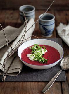 ♂ Still life Food styling purple soup