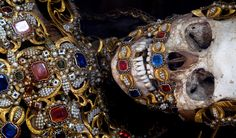 In 1578 in Rome were discovered catacombs: in them, skeletons of martyrs that were later on sent across Europe to be adorned with jewels and...