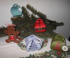 Schachteln Christmas Ornaments, Holiday Decor, Home Decor, Boxes, Decoration Home, Room Decor, Christmas Jewelry, Christmas Decorations, Home Interior Design