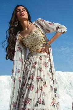 Buy Printed Jacket Lehenga Set by Paulmi and Harsh at Aza Fashions Indian Designer Outfits, Indian Outfits, Ethnic Fashion, Indian Fashion, Jacket Lehenga, Dress Indian Style, Indian Style Clothes, Wedding Dresses For Girls, Lehenga Designs