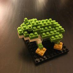 Et voilà le résultat 🐸😊 #atelier #nanoblock #lego #minilego #brique #brick #fun #green #treefrog #japanese #grenouille #frosch #game cc @nanoblock_france