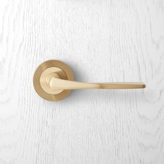 079 Pittella Postmodern Satin Brass Door Handle #pittella #postmodern #interiordesign #satinbrass #doorhandles #doorhardware