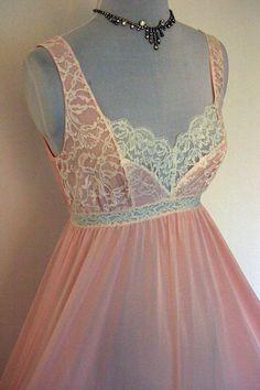 Pretty Lingerie, Vintage Lingerie, Women Lingerie, Purple Lingerie, Sleepwear Women, Lingerie Sleepwear, Nightwear, Cute Fashion, Boho Fashion
