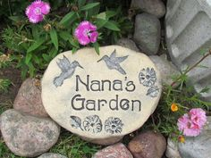 Unique outdoor garden sign for Nana, personalzied Nana gift with hummingbird on Etsy