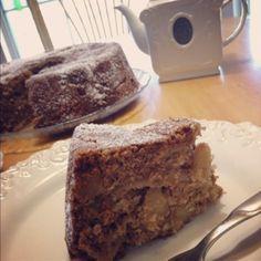 Fall Knitting and {lenten} Apple Cake Recipe Vegan Apple Cake, Apple Cake Recipes, Vegan Cake, Coffee Recipes, My Recipes, Recipies, Vegan Dishes, Vegan Desserts, Dessert Drinks