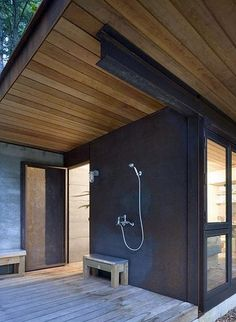 OUTDOOR BATHING BLISS by the style files, via Flickr