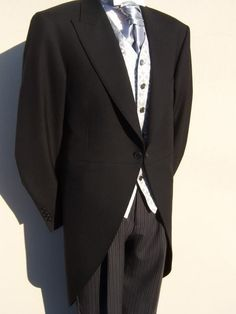 PAGE BOYS BLACK TAILCOAT WEDDING MORNING SUIT TAILS JACKET AGES 2-13 YEARS OLD