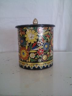 Vintage Daher Tea Tin by BambieJonesHome on Etsy
