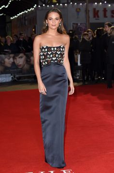 Alicia Vikander wearing Louis Vuitton at The Danish Girl movie premiere in London.