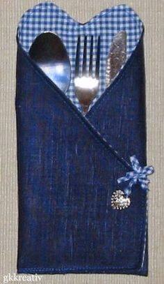 Sewing Hacks, Sewing Projects, Recycled Jewelry, Recycling, Scrap, Diy Crafts, Table Decorations, Embroidery, Fun