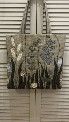 Watercolor by Rae Andrews - Happy Dance 2 watercolor 7 x 14 Free Motion Embroidery, Embroidery Bags, Free Machine Embroidery, Patchwork Bags, Quilted Bag, Fabric Crafts, Sewing Crafts, Denim Bag, Fabric Bags