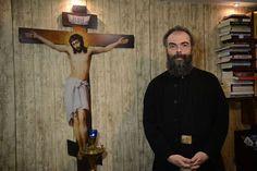 Πατήρ Ανδρέας Κονάνος: Βάλε το «ΕΥ» του Ευαγγελισμού στο σπίτι σου..