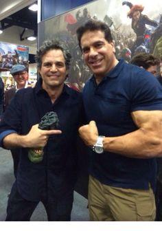 Mark Ruffalo and Lou Ferrigno. Hulk fangirl moment here...