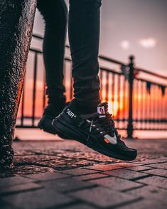 Nike off white presto Black Nike Presto Noir, Nike Air Presto Black, Off White Presto, Off White Shoes, All Black Sneakers, Burgundy Sneakers, Shoes Sneakers, Platform Sneakers, Men's Shoes