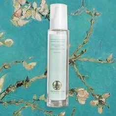 Best essence-toner ever!Water that turns into cream texture! Porcelain Skin, Honey, Organic, Texture, Cream, Water, Surface Finish, Creme Caramel, Gripe Water