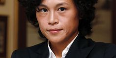 HK lesbian makes appeal to tycoon dad over dowry