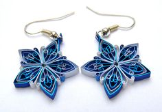 Christmas earrings Ecofriendly quilled by VBPureDesigns on Etsy, $16.20