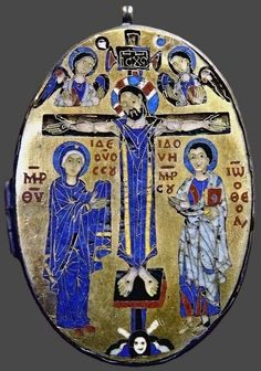 Byzantine Gold, Ancient Artefacts, Holy Week, Medieval Art, Enamels, Enamel Jewelry, Crucifix, Ceramic Pottery, Antiques