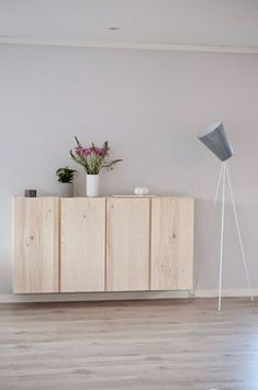 There is nothing Greater when compared to a clever IKEA Compromise of worn area, and it is a superb explanatio Room Inspiration, Interior Inspiration, Ideas Decoracion Salon, Hacks Ikea, Ivar Ikea Hack, Ikea Units, Flat Ideas, Interior Decorating, Interior Design