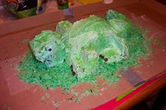 "Komodo Dragon Cake #Cake #party #birthday  First- let me say that I am not one of those people that can just ""whip something up"", nor am I a fantabulous baker. This took me a LONG time to do, haha. Not perfect, but hey! (it tasted good, so ..."