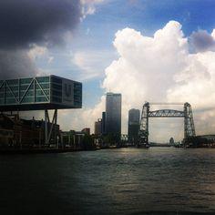 Met de boot naar Dordrecht, dat is toch wel mooier dan met de trein.