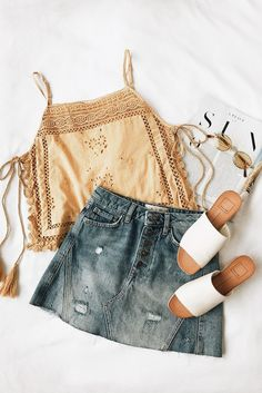 """summer outfit mustard tank denim skirt slip on sandals bohemian relax. - outfits , summer outfit mustard tank denim skirt slip on sandals bohemian relaxed classy easy girly Source by """" , """" Classy Outfits, Casual Outfits, Classy Clothes, Beautiful Outfits, Look Fashion, Womens Fashion, Fashion Trends, Fashion 2018, Feminine Mode"""