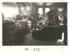 Rare vintage photos from the set, 1982 #BladeRunner #HarrisonFord