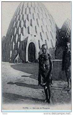 Tchad Une case de Mosgoum