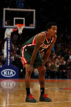 Brandon Jennings----Milwaukee Bucks Position  Point guard Age  22 - 6bbedca55