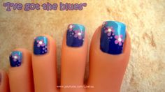 uncategorized-interesting-diagonal-dark-and-bright-blue-nail-art-design-with-cute-flower-in-the-middle-easy-nail-art-designs-for-toes-600x337.jpg (600×337)