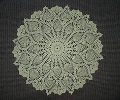 Ravelry: Ruby's Pineapple Medley pattern by Sarah Al-Amri Free crochet pattern. Done in WW yarn can create a round lapghan.