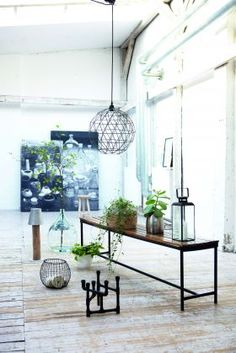 Suspension en fer - Iron Ball Pendant Shade chez Alexander & Pearl