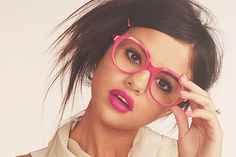 Discovered by Find images and videos about selena gomez and selena on We Heart It - the app to get lost in what you love. Selena Gomez Photoshoot, Disney Stars, Marie Gomez, Actors, Love Pictures, Love Photography, Pretty Face, Teen Fashion, Kpop