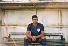 Nike Launch Navy Blue England Away Kit With Marcus Rashford - SoccerBible Soccer Skills, Soccer Tips, Neymar Jr Wallpapers, Manchester United Wallpaper, England National Team, Jesse Lingard, Marcus Rashford, Gareth Southgate, Fotografia