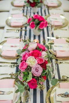 Black & white paired with pink & gold are a winning combination for modern weddings.  | See more trending table runners for #weddings here on mywedding.com and sign up to plan your perfect wedding day.