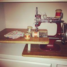 Child's sewing machine - @Donna Flower- #webstagram