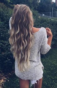 → Pinterest : pineapplehandle beach waves