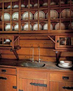 Kitchen/Butler's Pantry