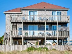 Beach Fun, 5 bedroom Ocean Front home in Salvo, OBX, NC