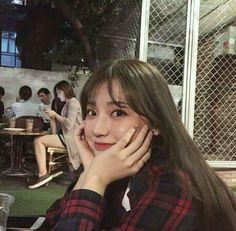 Korean Aesthetic, Aesthetic Photo, Aesthetic Girl, Ulzzang Korean Girl, Ulzzang Couple, I Love Girls, Cute Girls, Aesthetic People, Girl Inspiration