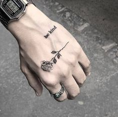 Watch and hand tattoos Finger Tattoos, Body Art Tattoos, Girl Tattoos, Sleeve Tattoos, Quote Tattoos, Tattoo Ink, Tattoo Fonts, Tattoo Wave, Maori Tattoos