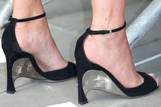 Marion-Cotillard-Dior-sculpted-metal-heels-675x450 5 Upcoming Shoes Trends for Women in 2017