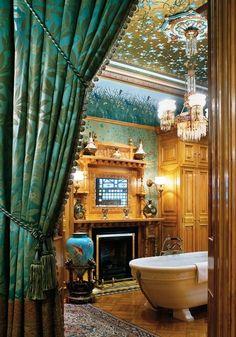 25 Victorian Bathroom Design Ideas - World Of Solitaire Victorian Interiors, Victorian Decor, Victorian Homes, Victorian Townhouse, Victorian Castle, Victorian Curtains, Victorian Era, Victorian Bathroom, Interior Exterior