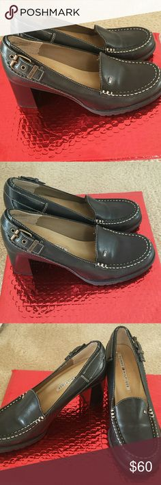 TOMMY HILFIGER SHOES Beautiful heel shoes for work or play with side buckle. Tommy Hilfiger Shoes Heels