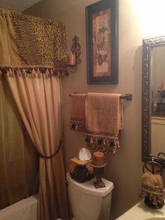 Tuscan decor – Mediterranean Home Decor Bathroom Towel Decor, Bathtub Decor, Bathroom Ideas, Bath Ideas, Bathroom Organization, Tuscan Bathroom, Small Bathroom, Tuscan Decorating, Decorating Ideas