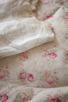 Roses and Sweetpea Rose are similar to Crystal's old comforter and would be perfect for the bed cover