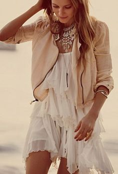 Gorgeous Assymetrical Ruffle White Dress. Summer Fashion. Summer Outfit. Spring Outfit. Bohemian Style