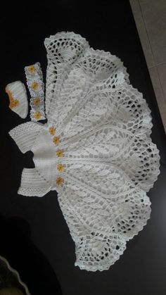 ideas for crochet patterns, free clothes, baby dresses and . - More than 22 ideas for crochet patterns, free clothes, dresses for babies and children – Vintage - Crochet Dress Girl, Crochet Baby Dress Pattern, Baby Girl Crochet, Crochet Baby Clothes, Newborn Crochet, Baby Knitting Patterns, Crochet For Kids, Baby Patterns, Crochet Patterns